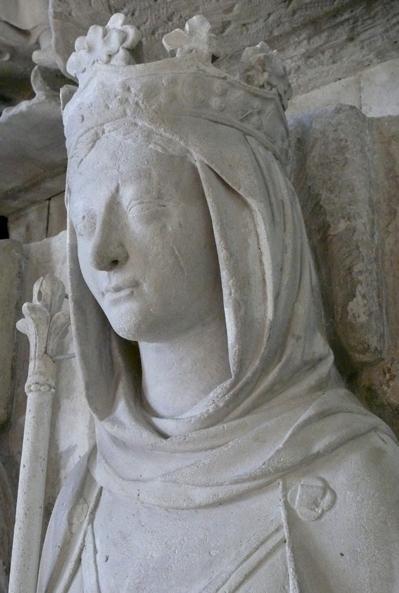 Ermentrude d'Orléans, son épouse, gisant de la basilique Saint-Denis
