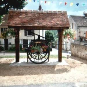Essises (Aisne) la pompe à incendie à bras