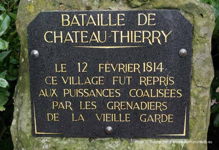 Essises (Aisne) Les Caquerêts stèle