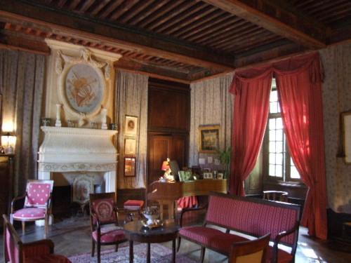 Fayet (Aveyron) Château de Fayet, un salon