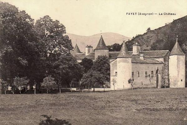 Fayet (Aveyron)  CPA Château de Fayet