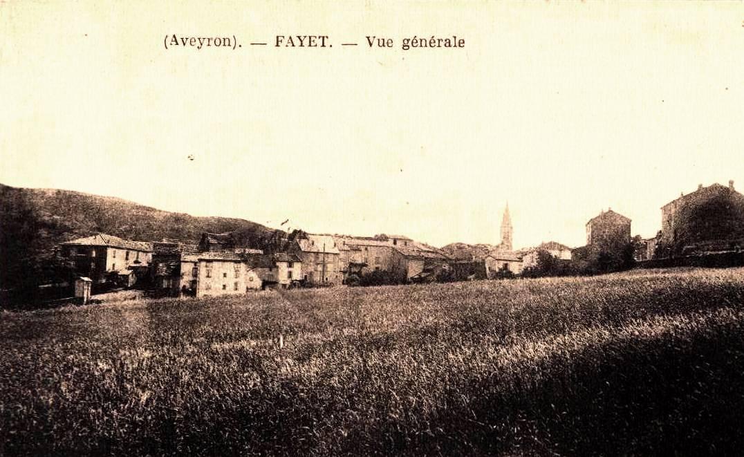 Fayet (Aveyron)  CPA Vue générale