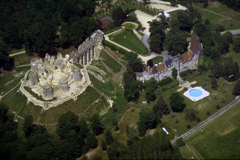 Fère-en-Tardenois (Aisne) le château, vue aérienne