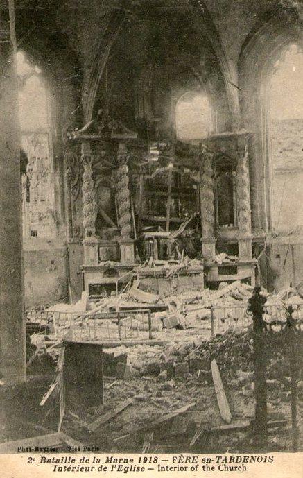 Fère-en-Tardenois (Aisne) CPA l'église, intérieur 14-18
