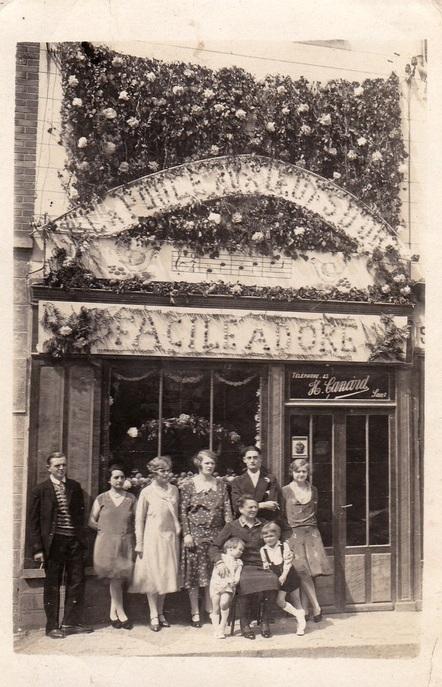 Fère-en-Tardenois (Aisne) CPA la maison Canard