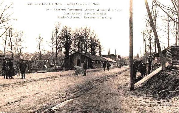 Fère-en-Tardenois (Aisne) CPA la rue de la gare 1918