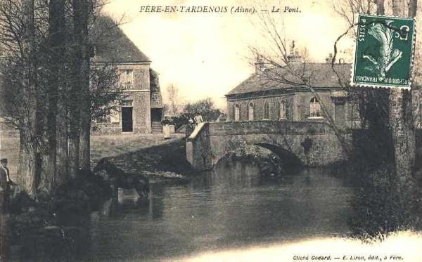 Fère-en-Tardenois (Aisne) CPA le pont