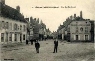 Fère-en-Tardenois (Aisne) CPA la rue des marchands