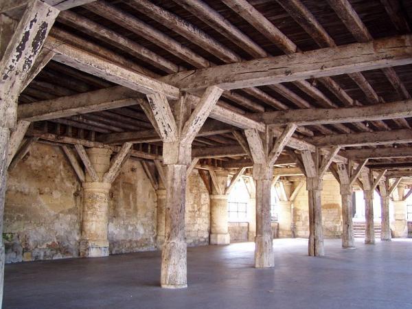 Fère-en-Tardenois (Aisne) la Halle