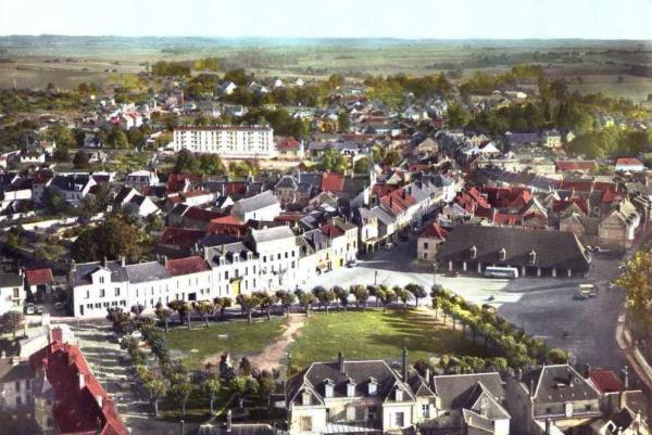 Fère-en-Tardenois (Aisne) vue aérienne 1973