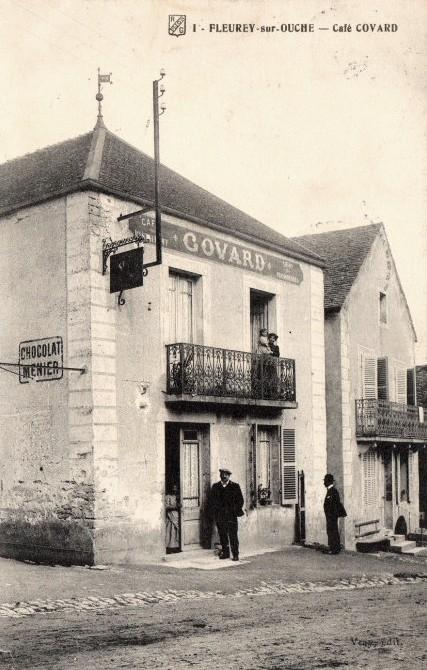 Fleurey-sur-Ouche (Côte d'Or) Le café CPA