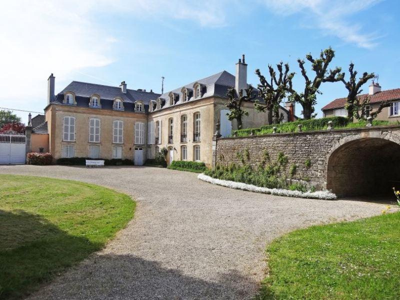 Fleurey-sur-Ouche (Côte d'Or) Le château Pérard