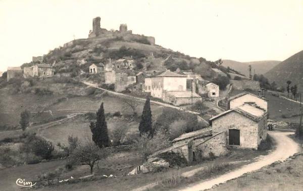 Fondamente (Aveyron) CPA Montpaon, ruines du château