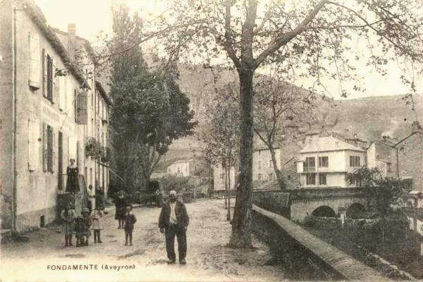 Fondamente (Aveyron) CPA