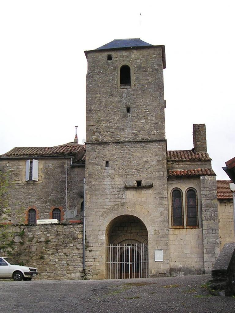 Fondamente (Aveyron) Eglise Saint-Pierre