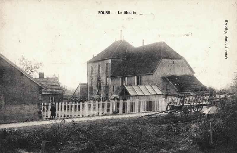 Fours (Nièvre) Le moulin CPA