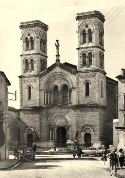 Ganges (Hérault) L'église Saint Pierre CPA