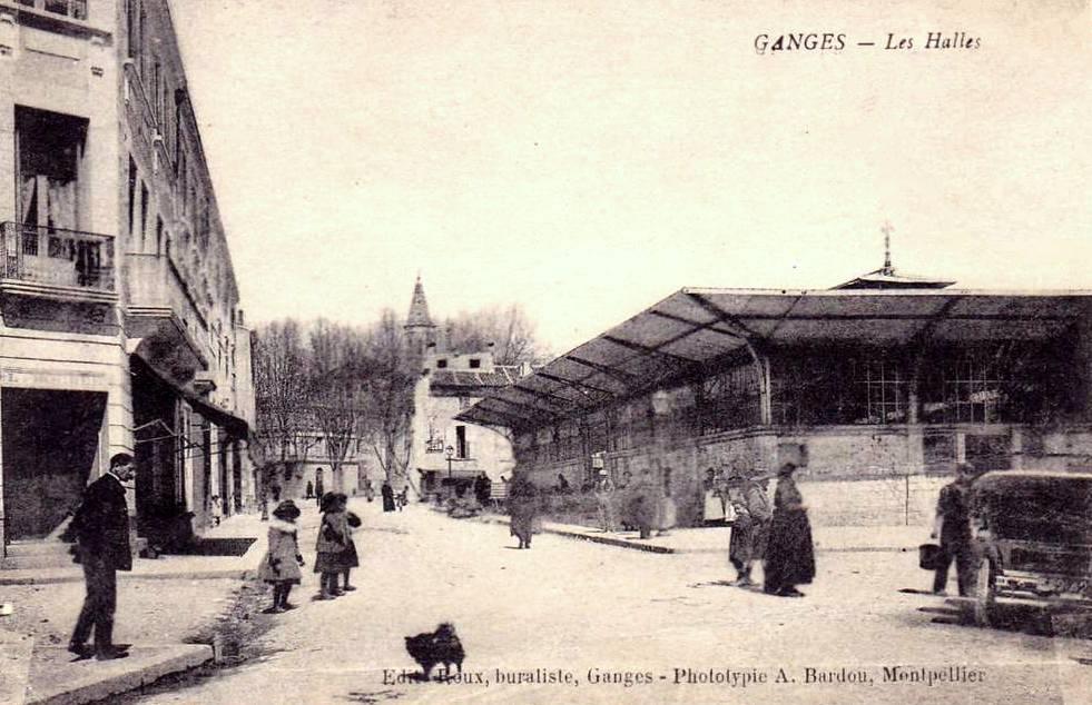 Ganges (Hérault) La halle CPA