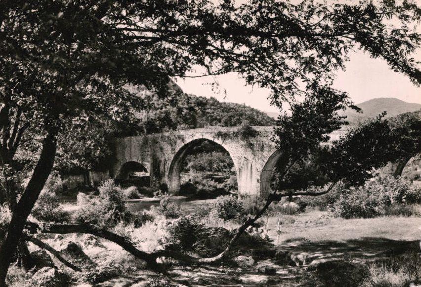 Ganges (Hérault) Le pont vieux CPA