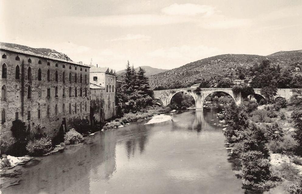 Ganges (Hérault) Le vieux pont CPA