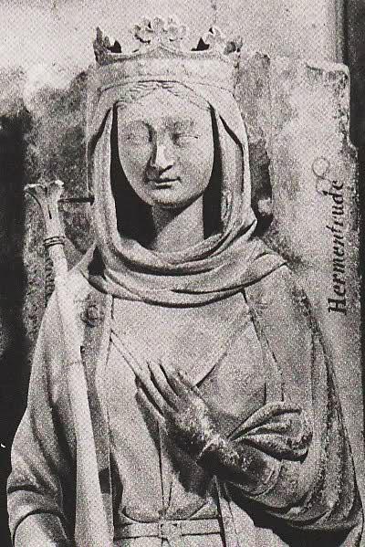 Gisant d'Ermentrude d'Orléans épouse de Charles II le Chauve