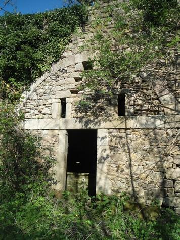 Gissac (Aveyron) Source du Grauzou