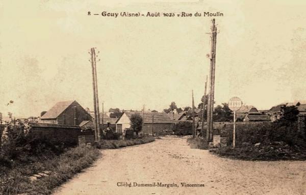 Gouy (Aisne) CPA rue du moulin 1923