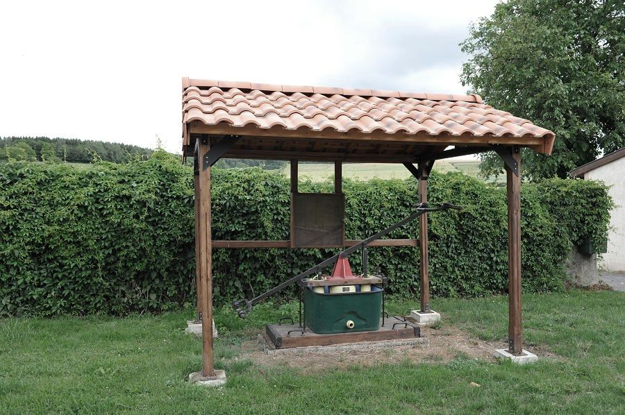 Han-lès-Juvigny (Meuse) La pompe à bras