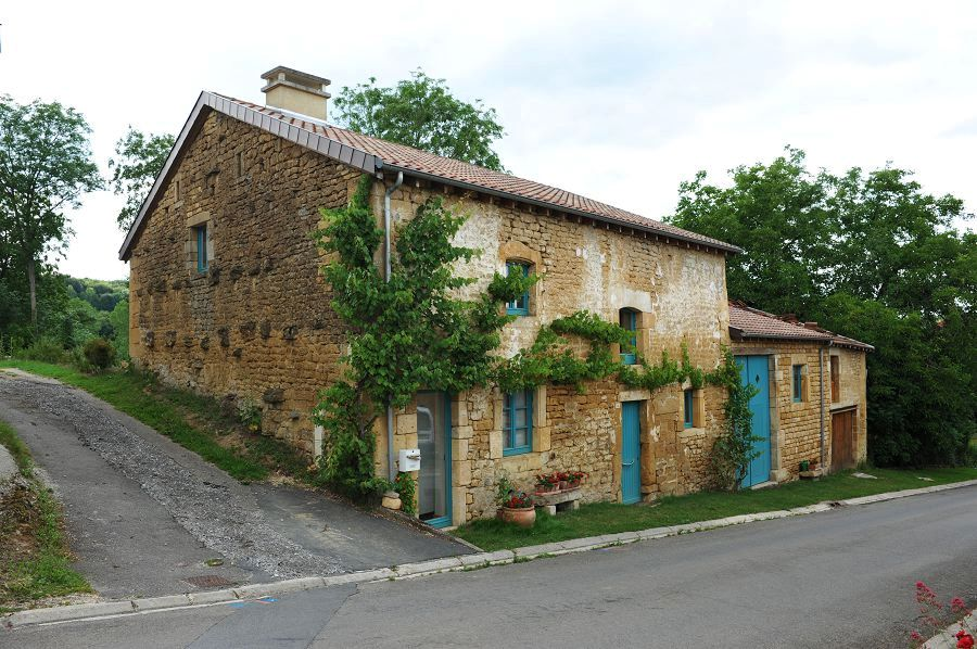 Han-lès-Juvigny (Meuse) Une ferme