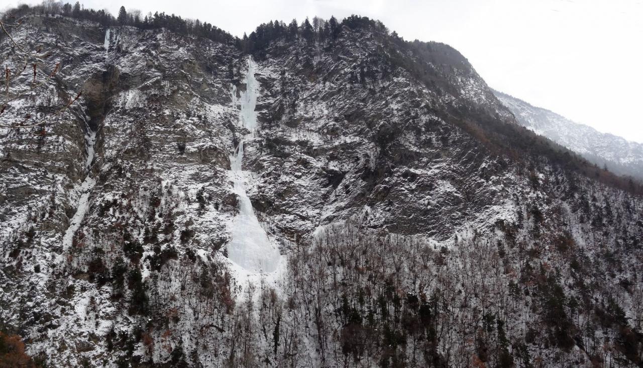 Hermillon (Savoie) La cascade