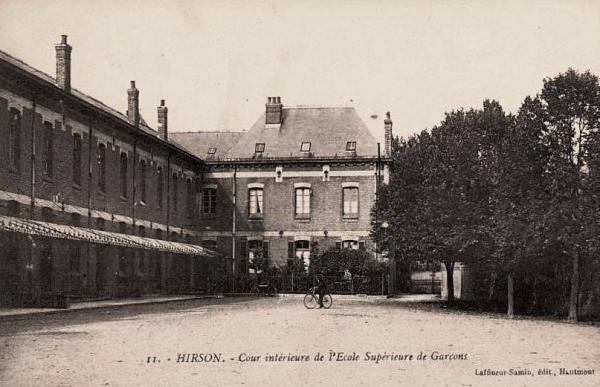 Hirson (Aisne) CPA l'école supérieure de garçons