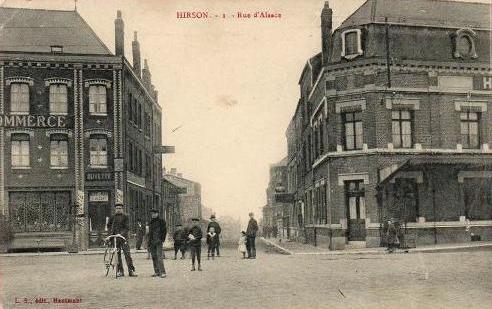 Hirson (Aisne) CPA l'Hôtel du Commerce et la rue d'Alsace