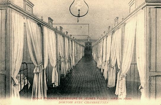 Hirson (Aisne) CPA les chambres de l'internat