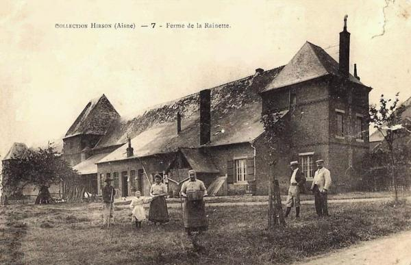 Hirson (Aisne) CPA la ferme de la Rainette