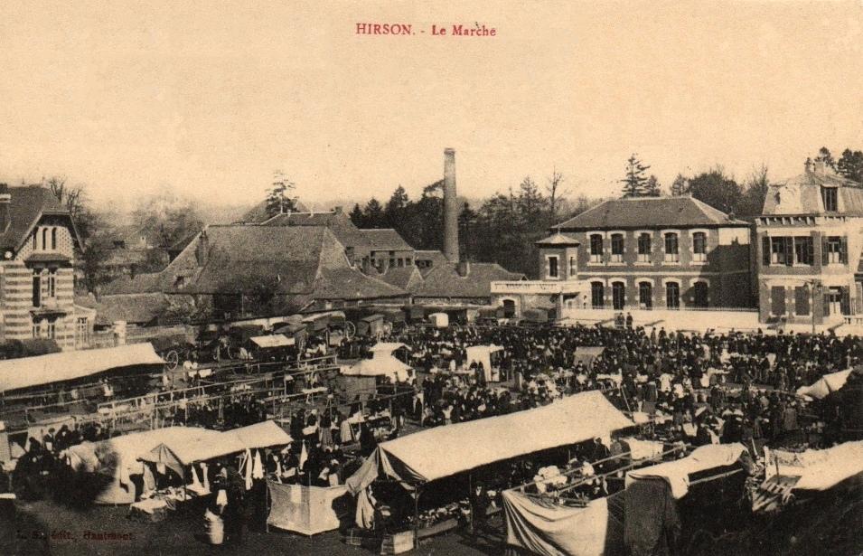 Hirson (Aisne) CPA marché