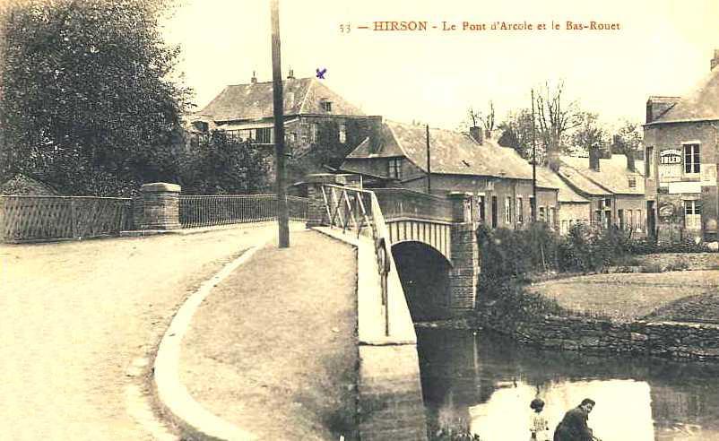 Hirson (Aisne) CPA le pont d'arcole et le Bas-Rouet