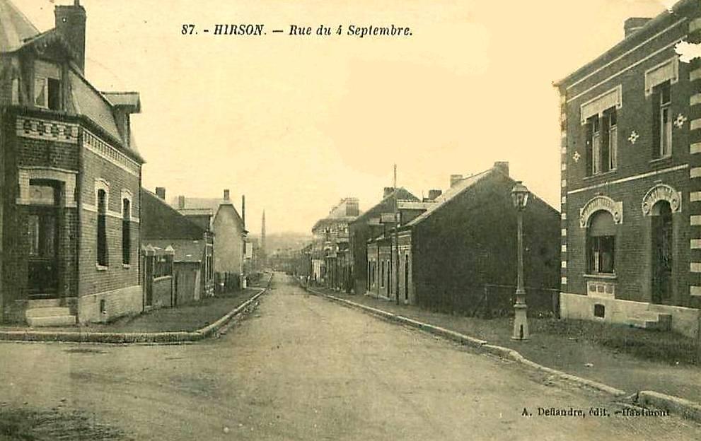Hirson (Aisne) CPA la rue du 4 Septembre