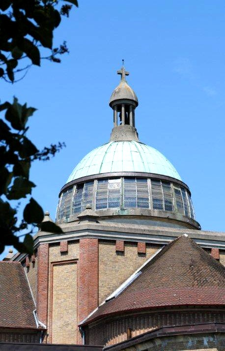 Hirson (Aisne) le dome de l'église