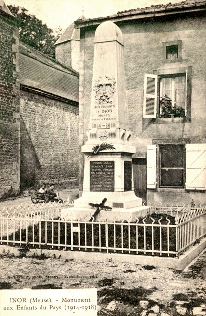 Inor (Meuse) Le monument aux morts CPA