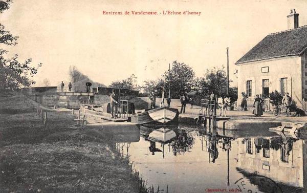 Isenay (Nièvre) L'écluse CPA