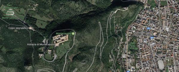 Italie - Le mont Cassin (vue aérienne)