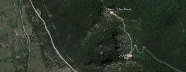 Italie - Le mont Soracte (vue aérienne)