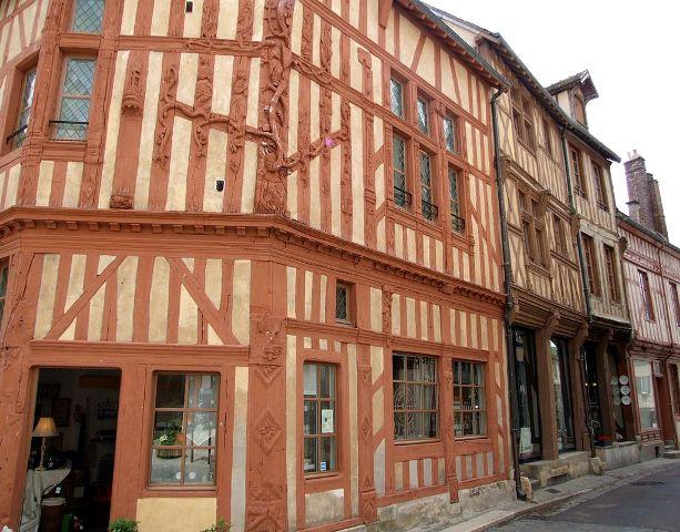 Joigny (89) La maison de l'Arbre de Jessé