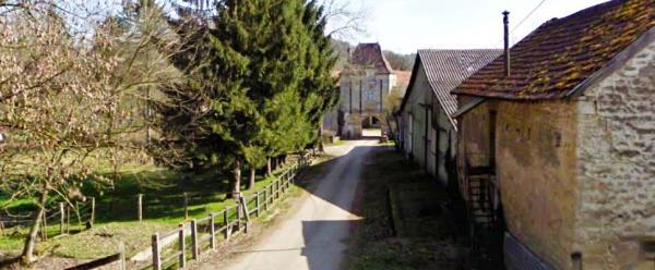 Juvigny-sur-Loison (Meuse) La ferme de Hugne