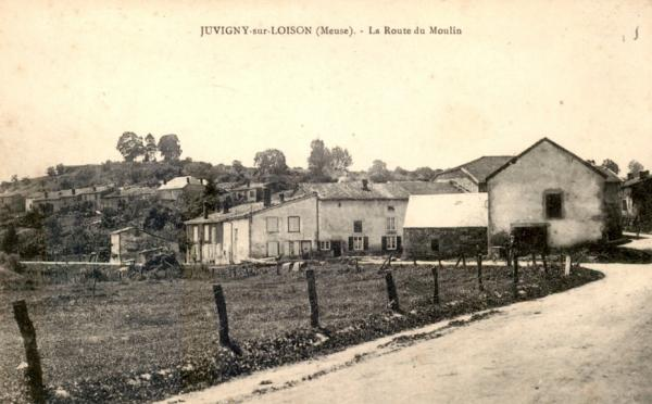 Juvigny-sur-Loison (Meuse) La route du moulin en 1910 CPA
