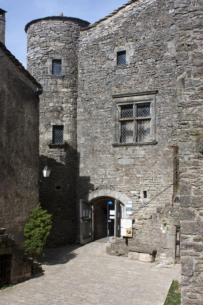La Couvertoirade (Aveyron) L'Hôtel de la Scipione