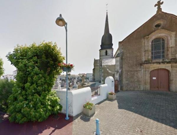 Le Perrier (Vendée) Le cimetière et l'église