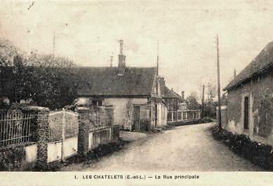 Les Châtelets (28) La rue principale CPA