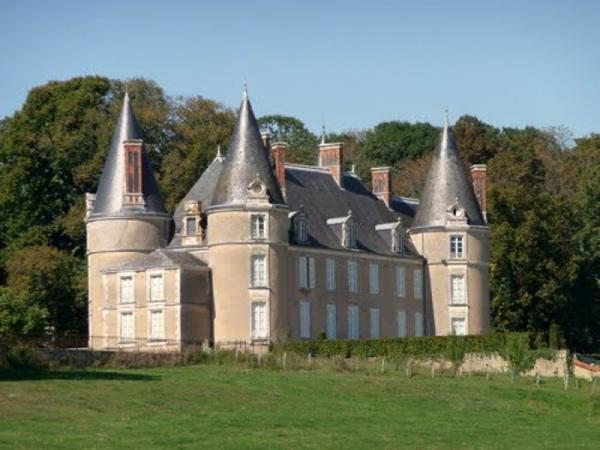 Limanton (Nièvre) Le château