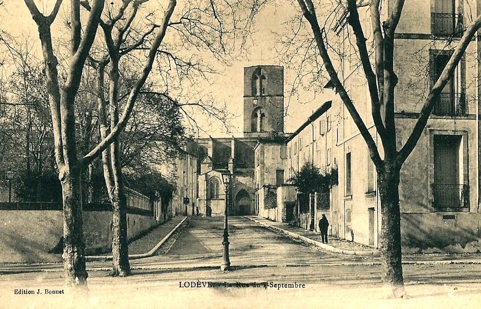 Lodève (Hérault) La rue du 4 septembre CPA